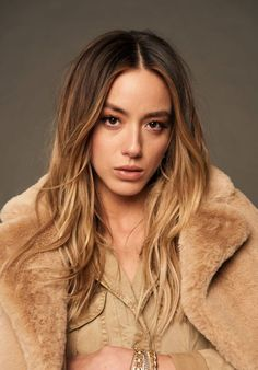 Chloe Bennet - Portraits Shoot at 44th Toronto International Film Festival September 2019, Chloe Bennet Style, Outfits, Clothes and Latest Photos. Beautiful Celebrities, Beautiful Actresses, Gorgeous Women, Chloe Benett, Marvel Women, Hot Brunette, International Film Festival, Powerpuff Girls, Guys And Girls