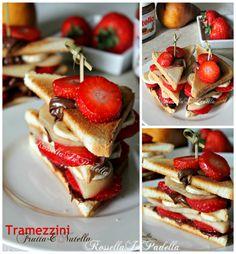 Tramezzini nutella e frutta http://blog.giallozafferano.it/rossellainpadella/tramezzini-nutella-frutta/