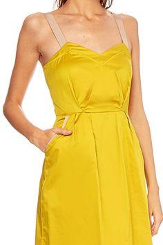 ab4f2ad804ce jolie robe d été à bretelles - Très jolie robe d été couleur acidulée jaune
