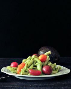 Avocado Lemon Basil Pesto @spabettie