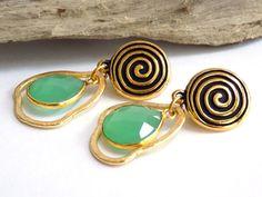 Clip on Drop Earrings, Chalcedony Earrings, Green Earrings for Women, Handcrafted Jewelry, Gold Dangle Earrings, Best Gift for Mom #handmade #jewelry