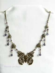 Butterfly necklace with chainmaille and beading