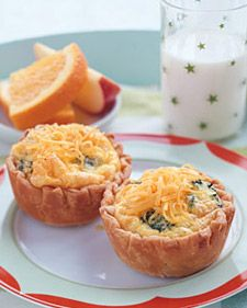 CHEESE MINI QUICHES (MUFFIN CUPs)  1 small broccoli spear (about 4 ounces)  1 package ready-made pie crust with two crusts (9-inch)  5 large eggs  3 tablespoons milk  3/4 cup grated cheddar cheese, plus more for garnish  1/4 teaspoon salt  1/4 teaspoon freshly ground pepper