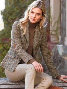 60 Best Casual Street Style Blazer Outfits Inspirational Ideas For Women - Page 37 of 60 - Diaror Diary Blazer Outfits For Women, Preppy Outfits, Mode Outfits, Blazers For Women, Fall Outfits, Jackets For Women, Fashion Outfits, Clothes For Women, Jackets Fashion