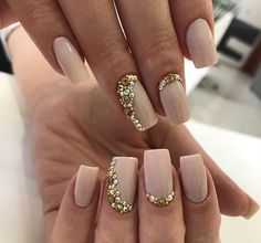 Ideas Wedding Nails Rhinestone Jewels For 2019 Nude Nails, Coffin Nails, Acrylic Nails, Bridal Nails, Wedding Nails, Crome Nails, Fingernails Painted, Romantic Nails, Rhinestone Nails
