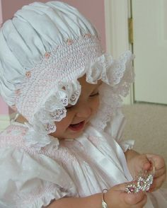 Heirloom Hand Smocked newborn infant baby bonnet Christening Baptism Hat Photo Prop baby shower gift - Gifts For Love Baby An Bord, Southern Baby, Smocks, Baby Bonnets, Christening Gowns, Christening Outfit, Heirloom Sewing, Beautiful Babies, Photo Props