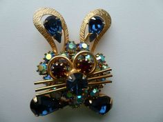 RARE VINTAGE SIGNED WEISS RABBIT PIN/BROOCH: