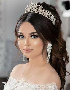 Cercei lungi de mireasa Dazzling Zirconia Swarovski, Crown, Jewelry, Fashion, Moda, Corona, Jewlery, Jewerly, Fashion Styles