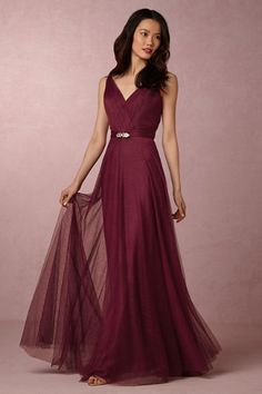 Burgundy Mismatched Bridesmaid Dresses - A collection of Burgundy Mismatched Bridesmaid Dresses to get the mix and match style easily. Burgundy and plum and blackberry colors to match and mismatch. Source by jasminedonig - Summer Bridesmaid Dresses, Black Bridesmaids, Mismatched Bridesmaid Dresses, Prom Dresses, Formal Dresses, Cranberry Bridesmaid Dresses, Wedding Dresses, Maid Of Honour Dresses, Beaded Gown