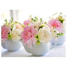 Pretty teapot flower arrangements, great for a bridal shower, baby shower or kitchen tea Elegant Flowers, My Flower, Fresh Flowers, Beautiful Flowers, Floral Flowers, Lily Of Valley, Decoration Evenementielle, Decorations, Deco Floral