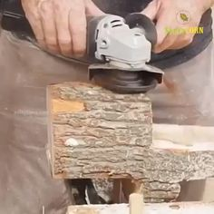 Tired of carving woods by using hand tools? This powerful 6 Teeth Wood Carving Disc is designed to mount on a standard electric angle grinder and provide rapid Woodworking Projects Diy, Diy Wood Projects, Wood Crafts, Welding Projects, Woodworking Bench, Woodworking Equipment, Woodworking Chisels, Woodworking Classes, Woodworking Magazines