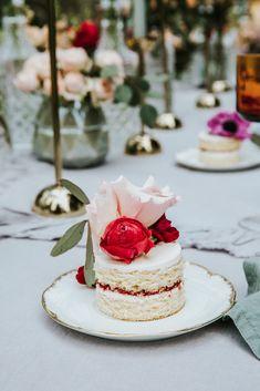 Garden Wedding, Romantic, Cake, Desserts, Food, Decor, Wedding Photography, Bridesmaids, Pie Cake