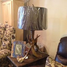 Check out this cool antler lamp! Goes great with our #DuckDynasty furniture!