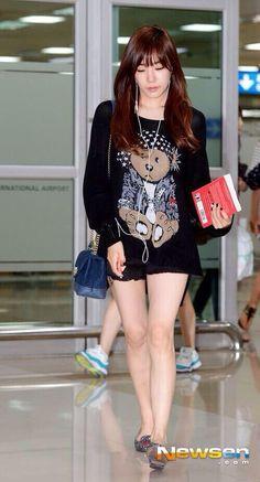 SNSD Tiffany Hwang Gimpo airport