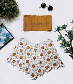 Downsy Daisy Boho Crochet Set // Crochet Shorts Set // Flower Power //Ready to ship Tops A Crochet, Crochet Daisy, Crochet Shirt, Cute Crochet, Crochet Motif, Easy Crochet, Knit Crochet, Crochet Patterns, Crochet Beach Dress