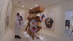 Intervención revolucionaria a la obra de #Kcho en galería de #arte Louis Carré en #Paris. Próximamente el #video #humor #artista desterrado de #Cuba