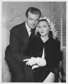 Hollywood icon Hedy Lamarr, on her wedding day to John Loder. Hollywood Couples, Hollywood Wedding, Vintage Hollywood, Hollywood Glamour, Hollywood Stars, Hollywood Actresses, Classic Hollywood, Actors & Actresses, Divas