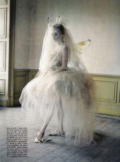 INCREDIBLE styling: Lady Grey - Tim Walker via Sugar & Fluff