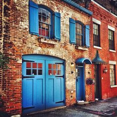 Tucked Away - Carriage House - Brooklyn Heights - New York City by Vivienne Gucwa