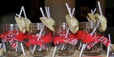 Mason jars wrapped with bandanas and straws with minis cowboy/girl hats Cowboy First Birthday, Country Birthday Party, Rodeo Birthday, Farm Party, Rodeo Party, Cowboy Theme Party, Horse Party, Cowboy Party Decorations, Table Decorations