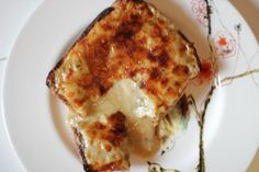 Welsh Recipes: Welsh Rabbit (Rarebit) with Sage and Onions  https://www.facebook.com/photo.php?fbid=704864179535885&set=a.134735423215433.17340.131420090213633&type=1&stream_ref=10