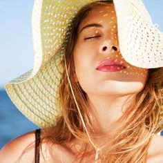 Make sure you're ready to show off some skin this summer! We'll prep your skin from head to toe with our amazing tips to exfoliate, scrub and moisturize your way to healthy, glowing skin. Get rid of any acne, bumps, dry skin or redness that may have appeared during the winter months.
