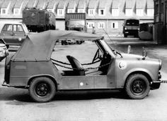 Trabant Kübelwagen im Fuhrpark der Grenztruppen der DDR   V-like-Vintage East German Car, East Germany, Pedal Cars, Military Weapons, Truck Camper, Armored Vehicles, Heavy Equipment, Cars And Motorcycles, Military Vehicles