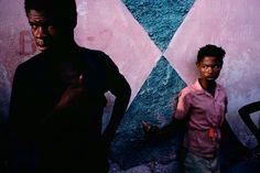 Alex Webb HAITI. Port-au-Prince. 1987. Cite Soleil. Magnum Photos Photographer Portfolio