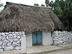 Casita maya en Tekantó, Yuc