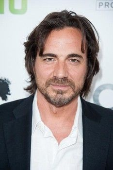 Thorsten Kaye from All My Children (Zach Slater).  A real man! Perfect for Kendall.