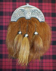Men/'s Leather Kilt Sporran Foxfur celtic shamrock antique//Scottish kilt spoorans