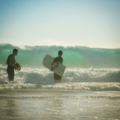Deep duckdive into a stunning nature made of green and blue. Bon voyage.  #blisssurfboards #surfing #alaia