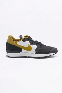 Nike Air Berwuda C.S. Black Trainers