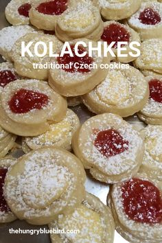 Kolachkes (or kolaches) are traditional Czech cookies/pastries filled with fruit jam, cheese or nuts and dusted with powdered sugar. Kolachy Cookies, Jam Cookies, Filled Cookies, Pretzel Cookies, Crazy Cookies, Cookie Recipes, Dessert Recipes, Cookie Ideas, Dessert Ideas