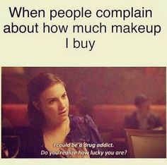 Hilarious memes that sum up all our feelings about beauty. warning: gut-wrenching laughter will occur while scrolling below. Makeup Jokes, Makeup Quotes Funny, Funny Quotes, Funny Memes, Funny Makeup, Funny Humour, Funniest Quotes, Funny Fails, Too Much Makeup