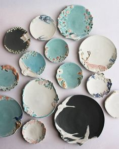 Diy Clay, Clay Crafts, Ceramic Clay, Ceramic Pottery, Clay Art Projects, Plates And Bowls, Ceramic Design, Hand Painted Ceramics, Handmade Wooden