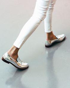 Le coup de coeur chaussures du jour : les mocassins argentés