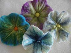 wetfelting - feltragem artesanal tutorial de flores by Terra de Cores