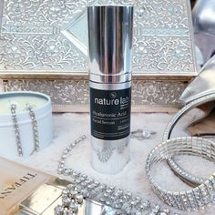 Our Hyaluronic Acid, has powerful active ingredients that assist by increasing and renewing the celluar turnover for firmer skin and improve the skin texture; as well as peptides that tone and repa... Key Ingredient, Active Ingredient, Sodium Hydroxide, Facial Serum, Skin Firming, Moisturiser, Hyaluronic Acid, Lab