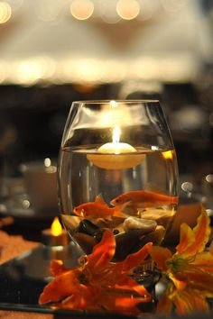 Goldfish Centre Piece - cool! Seems vaguely impractical but oh well.  Floating candle or water lily?