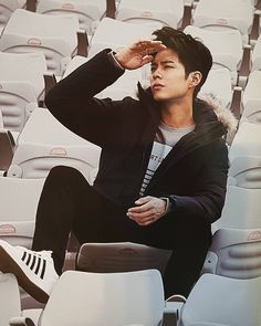 """park bogum for k·swiss ✧ 2016 f/w catalogue thank you, kimdongyeol."""