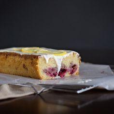 Lemon raspberry pound cake - a simple & delicious copy-cat recipe for Starbucks lemon raspberry loaf.