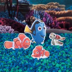 Finding Nemo printable character play set | With a little imagination you can go on an underwater adventure with help from Nemo and his friends. | [ http://family.disney.com/activity/finding-nemo-playset ]
