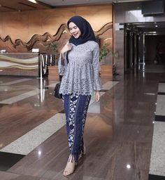 Model Dress Kebaya, Model Kebaya Brokat Modern, Kebaya Modern Hijab, Dress Brokat Modern, Kebaya Hijab, Batik Kebaya, Kebaya Muslim, Dress Brukat, Hijab Dress Party