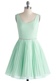 Sage a Dance Dress, #ModCloth. One of my many obsessions. Mint!!! Such a fun trendy color.