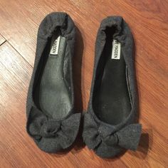 Bow Flats Grey Steve Madden Shoes Flats & Loafers