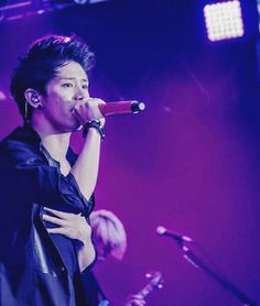 Takahiro Morita, Takahiro Moriuchi, Band Website, Anime Songs, One Ok Rock, My World, Rock Bands, Singing, Japanese