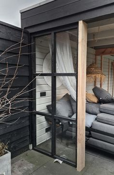 Outdoor Rooms, Outdoor Gardens, Outdoor Living, Cosy Home, Surf Shack, Outside Living, Black Walls, Home And Deco, Beautiful Homes