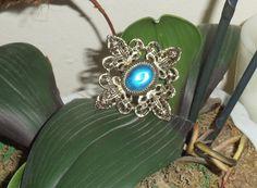 Vintage brooch Blue n Gold by IsabellesAttic on Etsy, $12.00
