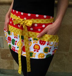 Red, Yellow and Green Apple 6 Pocket Utility Apron for Crafters, Kitchens or the Classroom